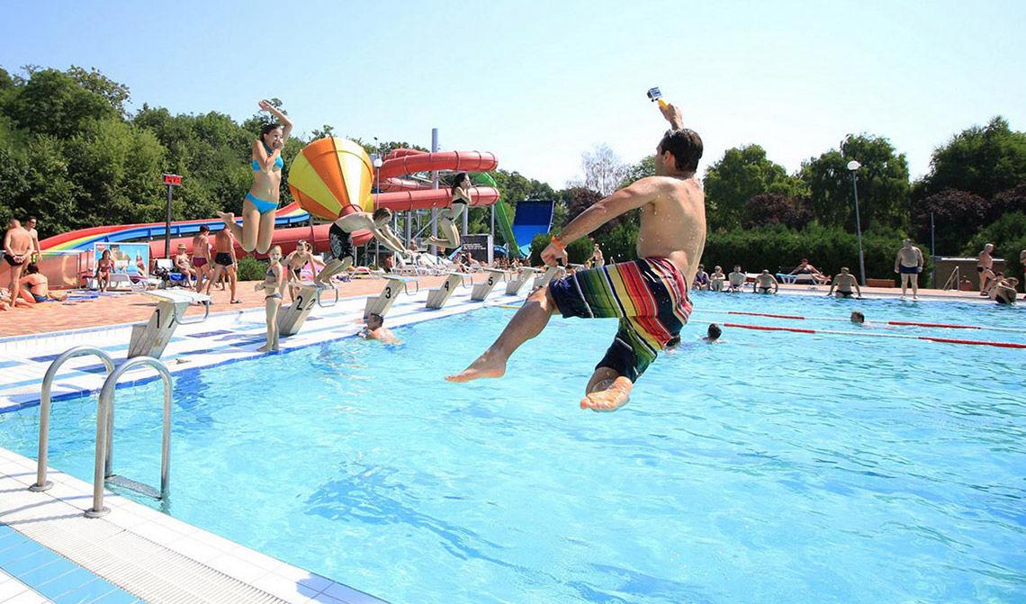 Thermal Corvinus, vonkajší bazén